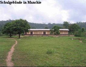 Schulgebäude in Manchie